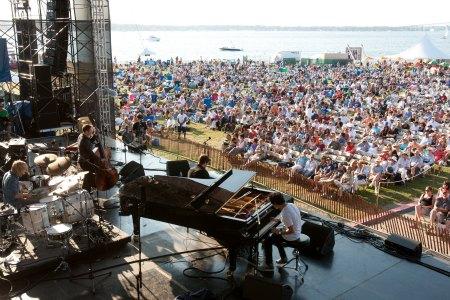 2010_Newport_Jazz_Festival_450