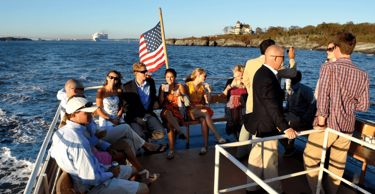 Amazing_Grace_Harbor_Tours-DSC_0041.png