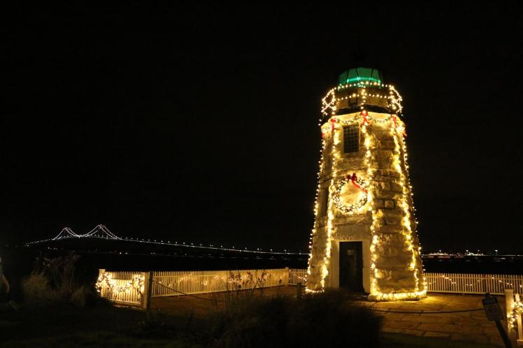 Lighthouse-Lighting-324-_2468654e-5056-b3a8-49a394049f901a0a.jpg